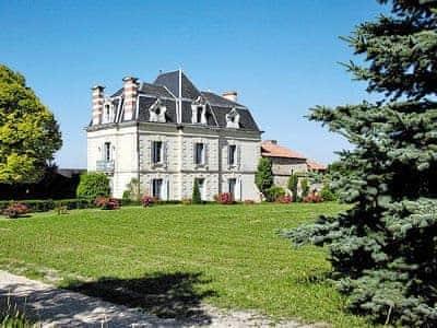 Photo of Chateau De Nue