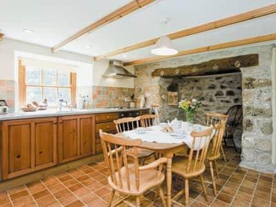 Thatch Cottage thumbnail 2
