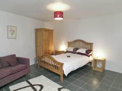 C4Y-THS-https://img.chooseacottage.co.uk/Property/422/400/422588.jpg