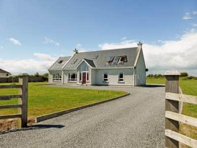 C4Y-W31866-https://img.chooseacottage.co.uk/Property/423/400/423308.jpg