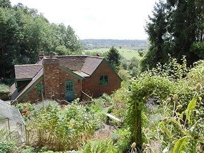 C4Y-25359-https://img.chooseacottage.co.uk/Property/423/400/423838.jpg