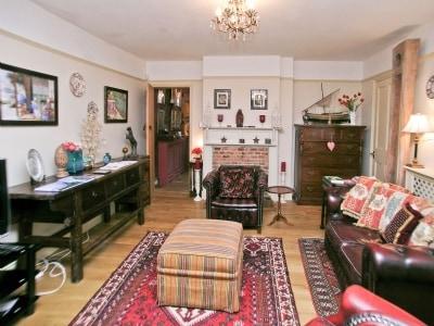 C4Y-BUJ-https://img.chooseacottage.co.uk/Property/424/400/424093.jpg