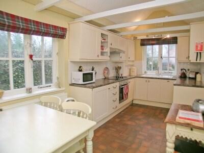 C4Y-BUJ-https://img.chooseacottage.co.uk/Property/424/400/424096.jpg