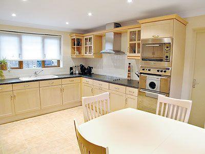 C4Y-W42459-https://img.chooseacottage.co.uk/Property/426/400/426936.jpg