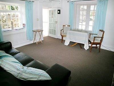 C4Y-W42546-https://img.chooseacottage.co.uk/Property/433/400/433005.jpg