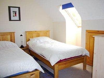 C4Y-W31867-https://img.chooseacottage.co.uk/Property/434/400/434266.jpg