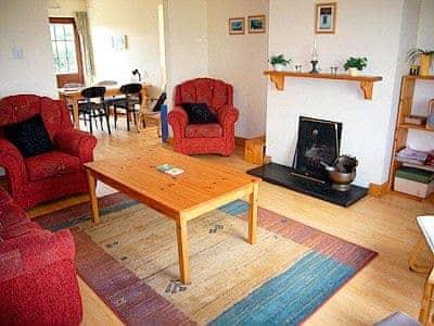 C4Y-W31879-https://img.chooseacottage.co.uk/Property/437/400/437896.jpg