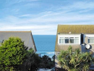 C4Y-25781-https://img.chooseacottage.co.uk/Property/437/400/437946.jpg