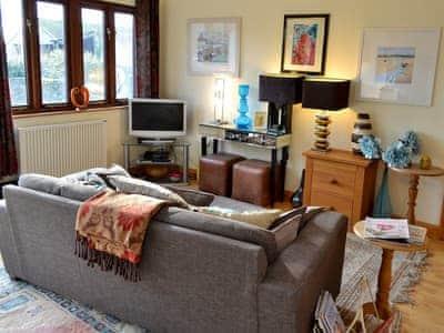 C4Y-TKF-https://img.chooseacottage.co.uk/Property/440/400/440202.jpg