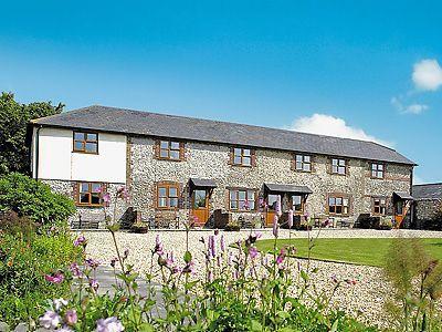 C4Y-DZO-https://img.chooseacottage.co.uk/Property/442/400/442379.jpg