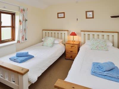 C4Y-DZN-https://img.chooseacottage.co.uk/Property/442/400/442715.jpg