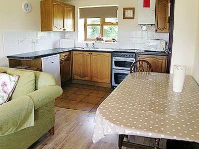 C4Y-DZP-https://img.chooseacottage.co.uk/Property/442/400/442779.jpg