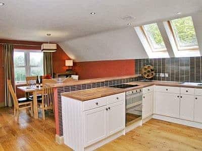 C4Y-25874-https://img.chooseacottage.co.uk/Property/443/400/443266.jpg