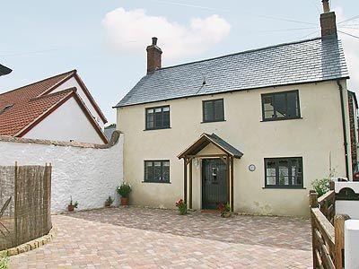 C4Y-EVP-https://img.chooseacottage.co.uk/Property/443/400/443586.jpg