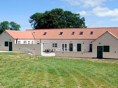 C4Y-25909-https://img.chooseacottage.co.uk/Property/445/400/445026.jpg