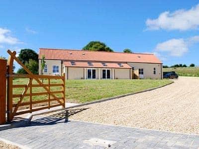 C4Y-25909-https://img.chooseacottage.co.uk/Property/445/400/445028.jpg