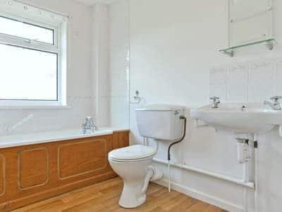 C4Y-B6866-https://img.chooseacottage.co.uk/Property/445/400/445766.jpg