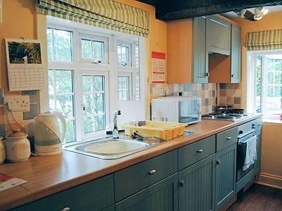 C4Y-25928-https://img.chooseacottage.co.uk/Property/446/400/446700.jpg