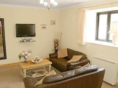 C4Y-25932-https://img.chooseacottage.co.uk/Property/448/400/448158.jpg