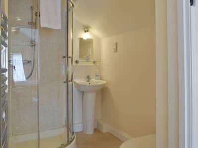 C4Y-25341-https://img.chooseacottage.co.uk/Property/448/400/448450.jpg