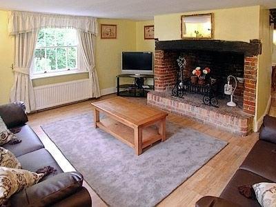 C4Y-25942-https://img.chooseacottage.co.uk/Property/449/400/449403.jpg