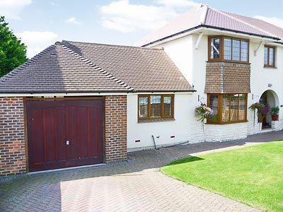 C4Y-W42459-https://img.chooseacottage.co.uk/Property/463/400/463310.jpg