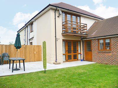 C4Y-W42459-https://img.chooseacottage.co.uk/Property/463/400/463311.jpg