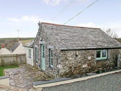 Coxford Barn thumbnail 8