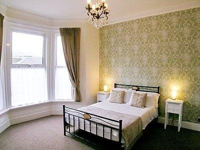 Photo of Kew Lodge
