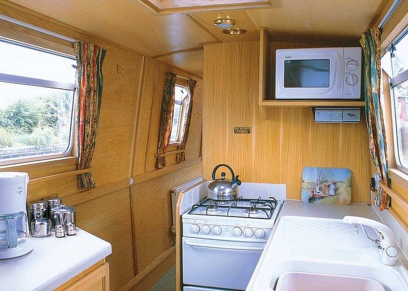 Falkirk Weaver Boat Holiday