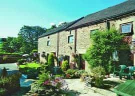 Pennine Cottage - E1669, sleeps 15 in Edale.
