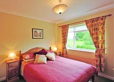 Kestrel double bedroom