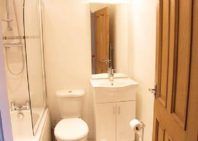 Nine Swan House bathroom