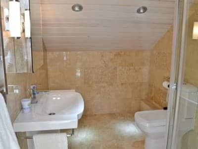 C4Y-TKK-https://img.chooseacottage.co.uk/Property/498/400/498512.jpg