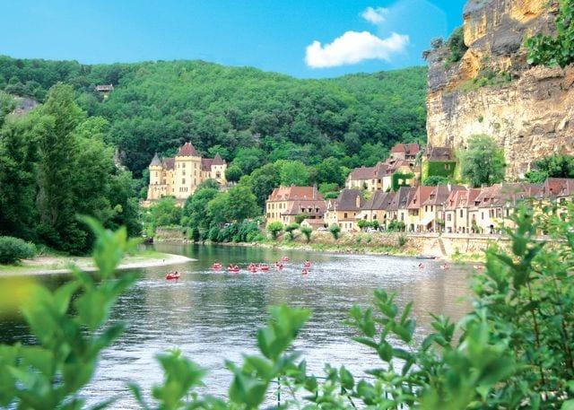 Explore the Dordogne