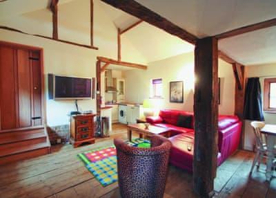Saffron Cottage thumbnail 1