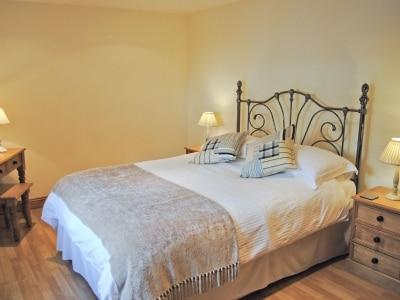 C4Y-HDDJ-https://img.chooseacottage.co.uk/Property/559/400/559616.jpg