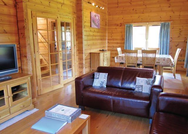 Springpools Lodge lounge