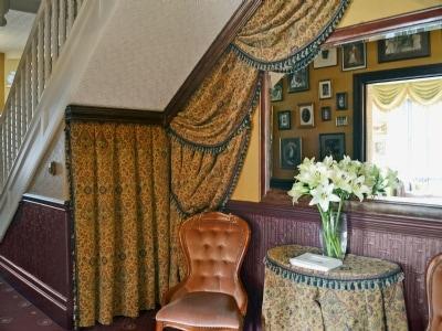 Victoria Lodge thumbnail 8
