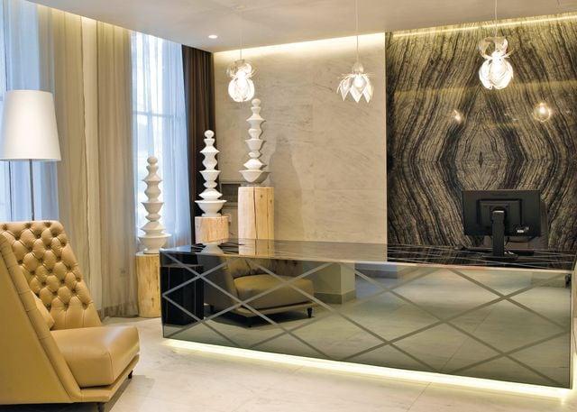 Apartments reception/concierge