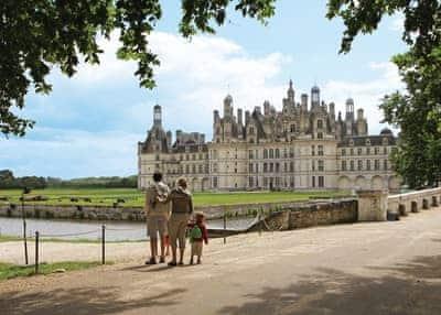 Chateau des Marais Maxi Tent