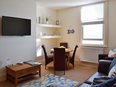 Apartment 6 thumbnail 1