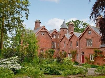 Morland Hall Estate