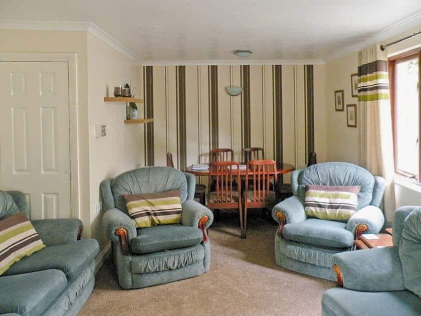 Rosecraddoc Manor - Riverbank