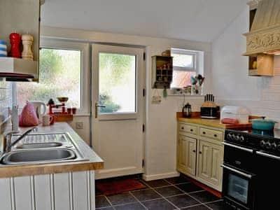 Jackdaw Cottage thumbnail 6