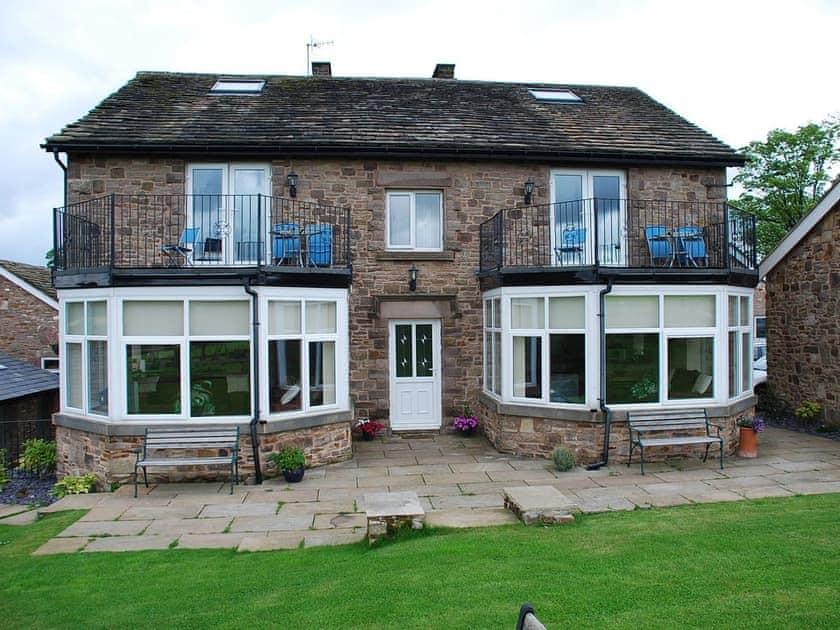 Shallcross Hall Cottages Goyt