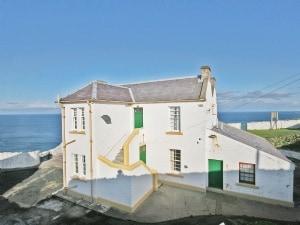 St Abbs - Lighthouse Retreat