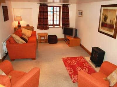 Fryston Cottage thumbnail 1