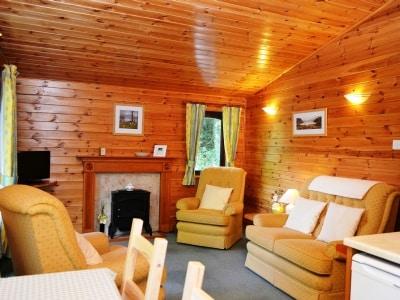 Fern Lodge- Burnside Park thumbnail 1