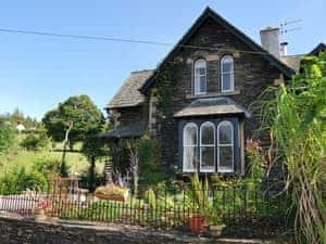 1 School Cottages